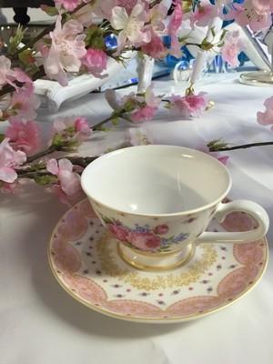 Tea cup & Saucer sets - vintage