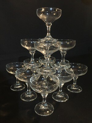 Champagne tower (14 glasses)