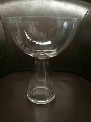 Torch vase