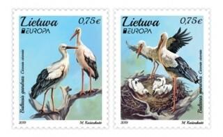 Литва. EUROPA. Национальные птицы. Белый аист. Серия из 2 марок