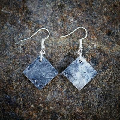 Medium Recycled Square Diamond