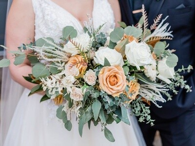 Bleached Italian Ruscus and Combo Rose Bouquet Downloadable Recipe