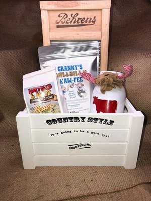 Country Style Farm Box