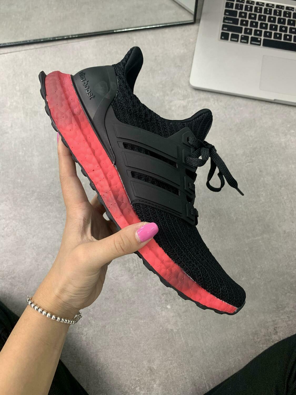 Tênis Adidas Ultra Boost Masculino preto com Vermelho