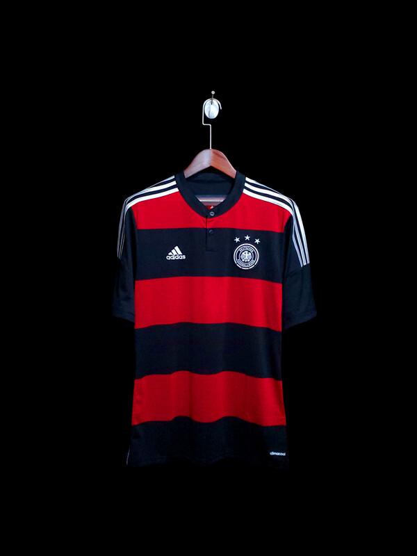 Camisa Adidas Seleção Alemanha Away 2014  - Tetracampeã Mundial - Preto e Vermelho