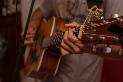 Understanding Chords - Guitar Short Course