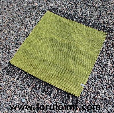 Rokka - pieni vihreä matto - kaksi kokoa
