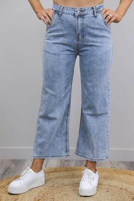 Funky Flare Crop Jeans - Mid Denim