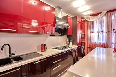 Кухня | Пленка | Глянец | Красный баклажан