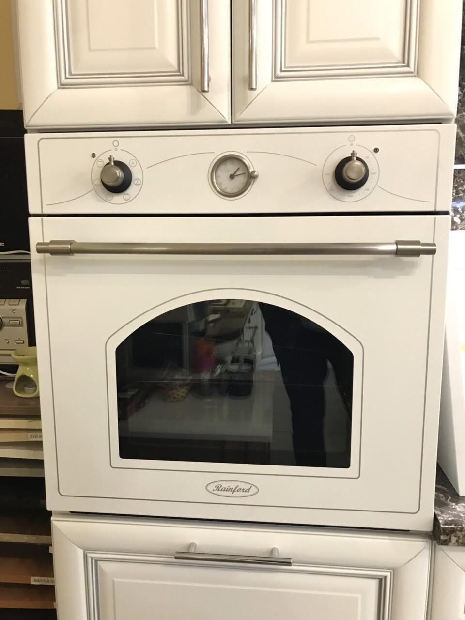 Духовой шкаф Rainford RBO-3616 R White SL