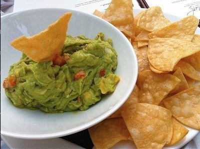 Pool Snack - Guacamole chips