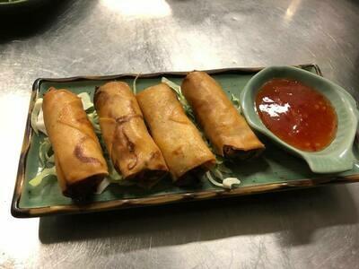 E1. rouleaux de printemps au légumes. Sping rolls with vegetables