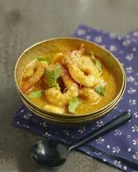 F11. Crevettes au curry jaune/ Shimps with panang curry