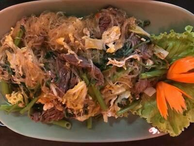 N2 Nouilles sautées au sauce soja au boeuf/   Fried Noodles with soy sauce beef