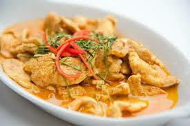 P9. porc au curry jaune/ Pork with yellow curry