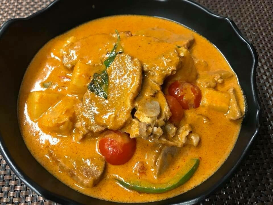 06. Canard au curry panaeng/ Duck with paneang curry