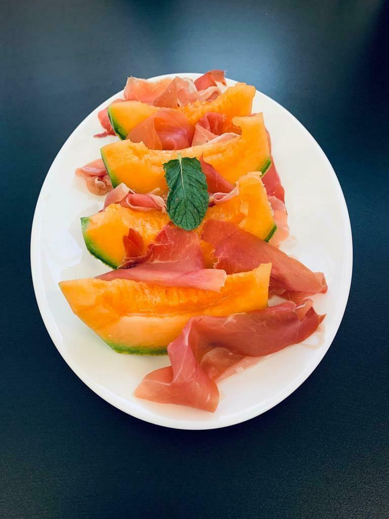 Melon-Jambon Cru ( melon, jambon cru )