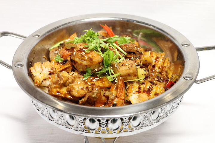 Crevettes Epicé sur Pot Chauffant