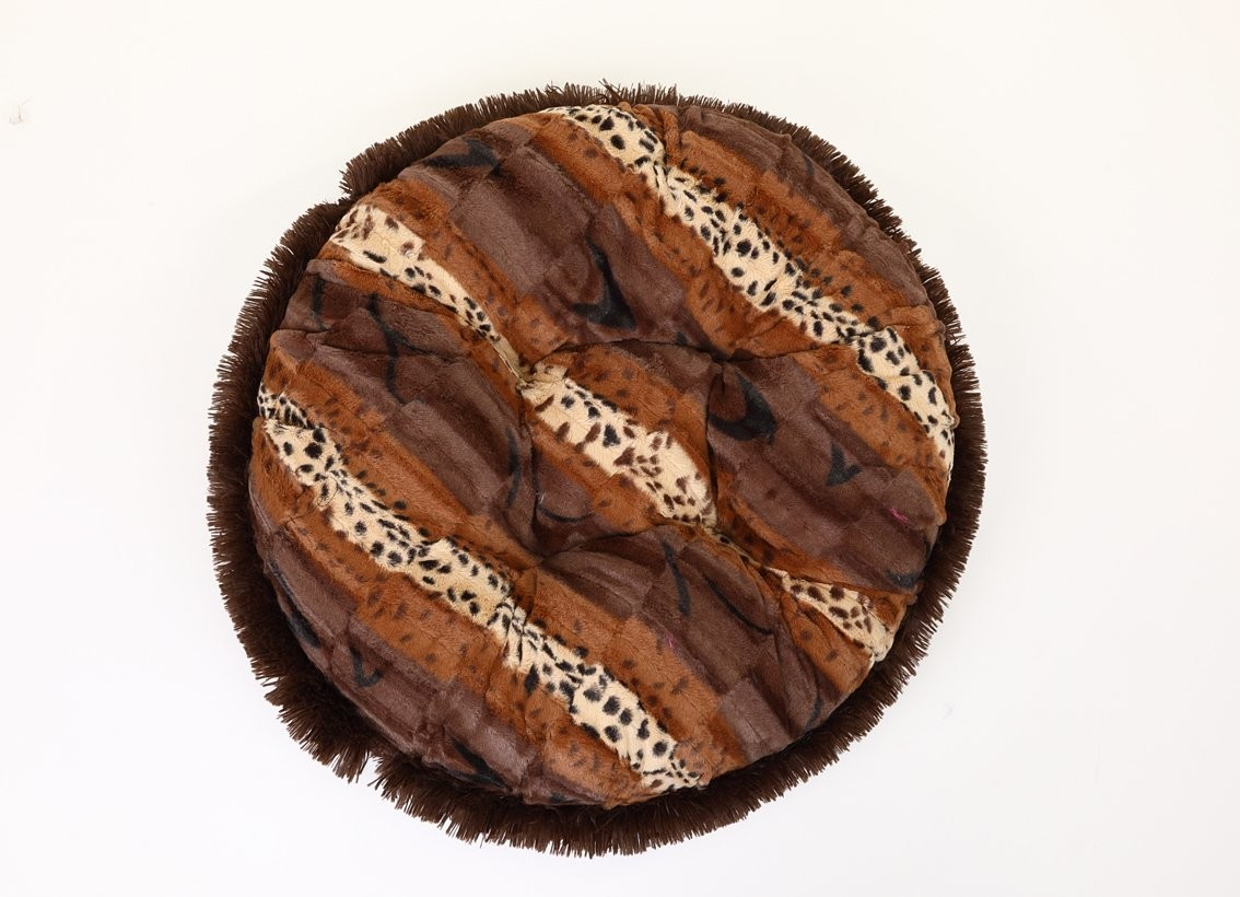 Exotic Brown & Chocolate Shag Bagel Bed