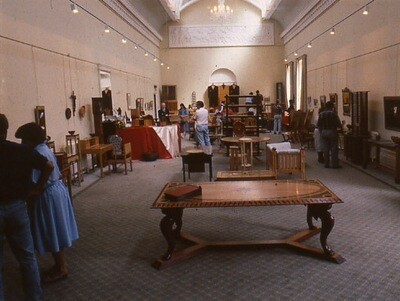 CRAFTSMANSHIP AT ITS BEST - a review of the very first Cheltenham furniture exhibition (by Jeremy Broun for Woodworking International magazine1990)