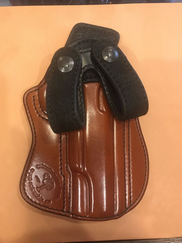 "5"" 1911 non rail UCP chestnut body and hippo trim and loops, pigskin lining"