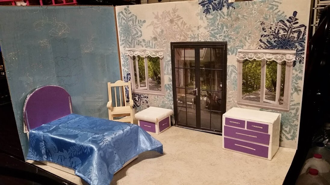 Blue and Silver Holiday Doll House 001