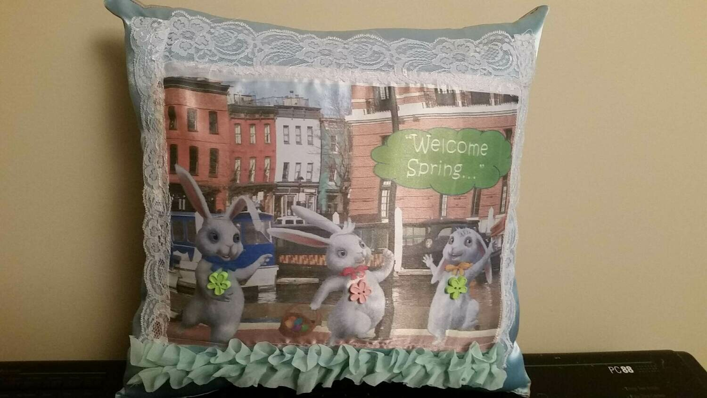 Easter Bunny/springtime pillow 001