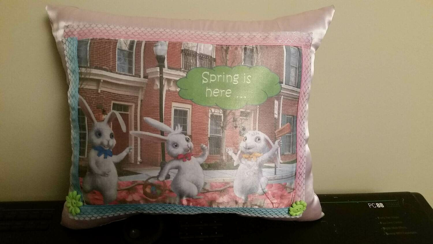 Easter Bunny/springtime pillow 002