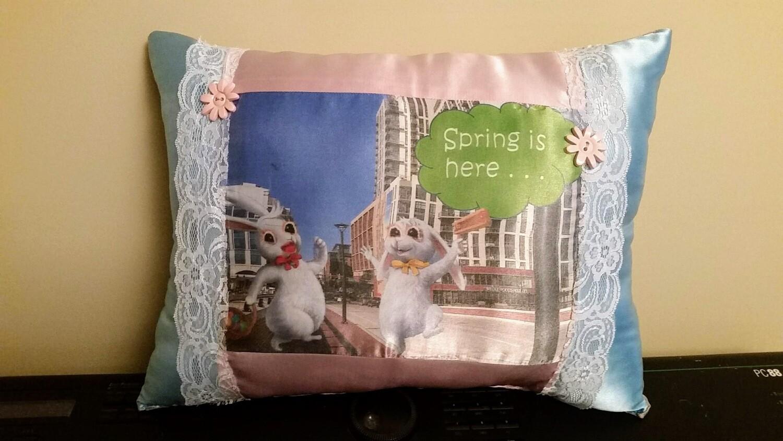Easter Bunny/Springtime pillow 010