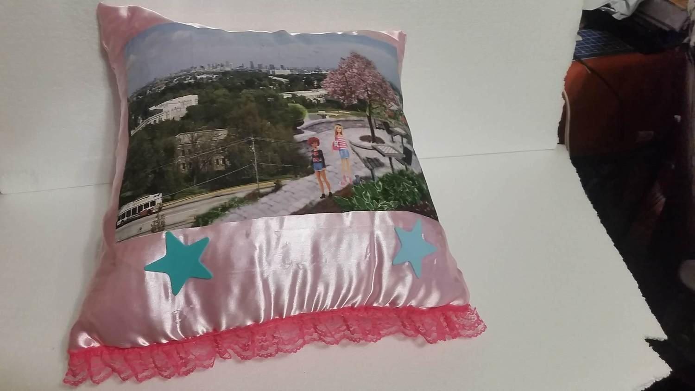 Barbie Around town pillow 1