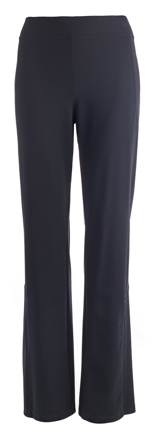 Nina Traveler straight pants our favorite