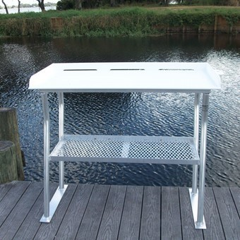 Four-Leg Fish Cleaning Station