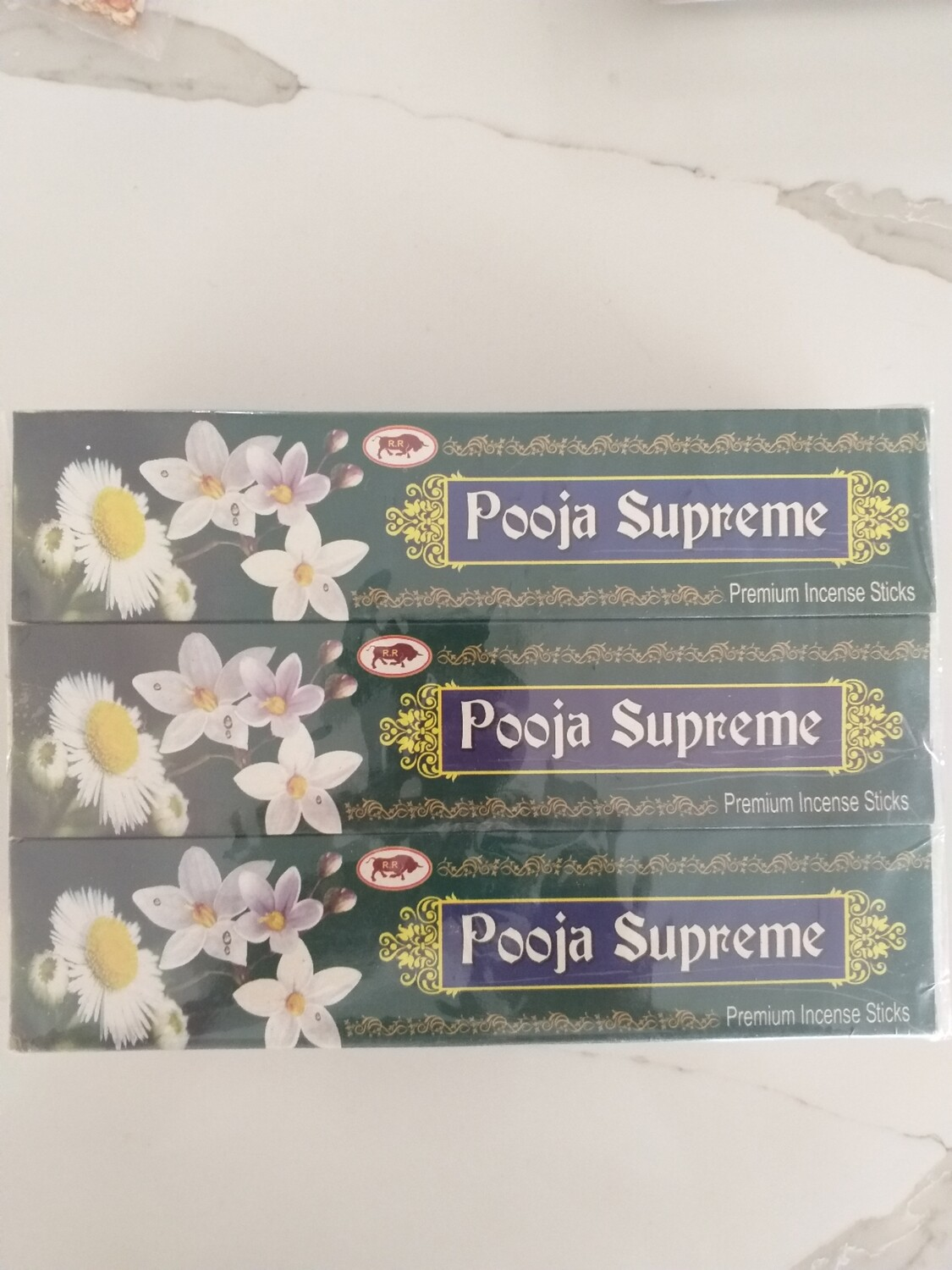 POOJA SUPREME INCENSE STICKS 20 GMS