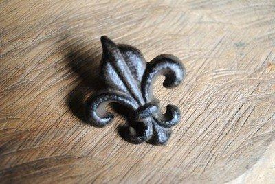 Cast Iron Fleur De Lis