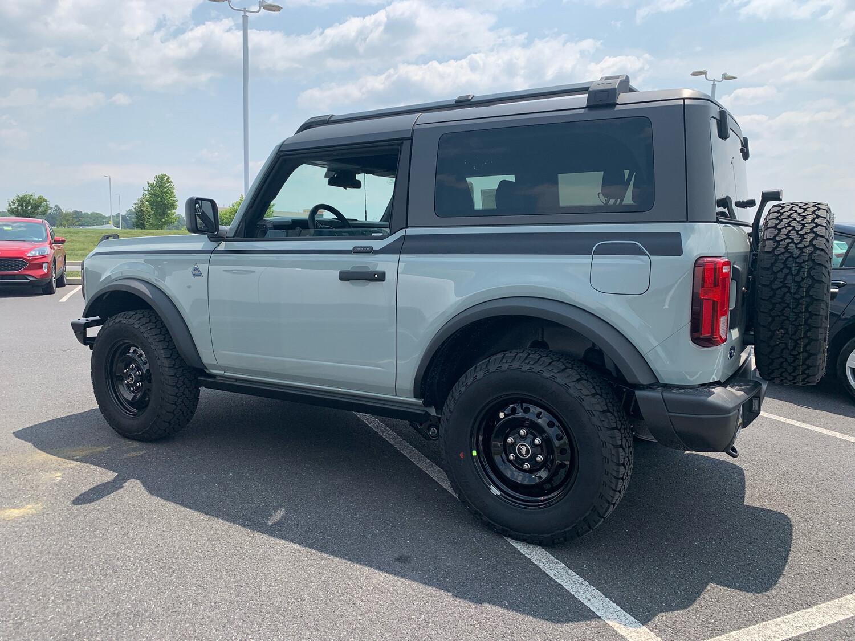 2021-up Ford Bronco Full Length Upper Side Stripe Kit