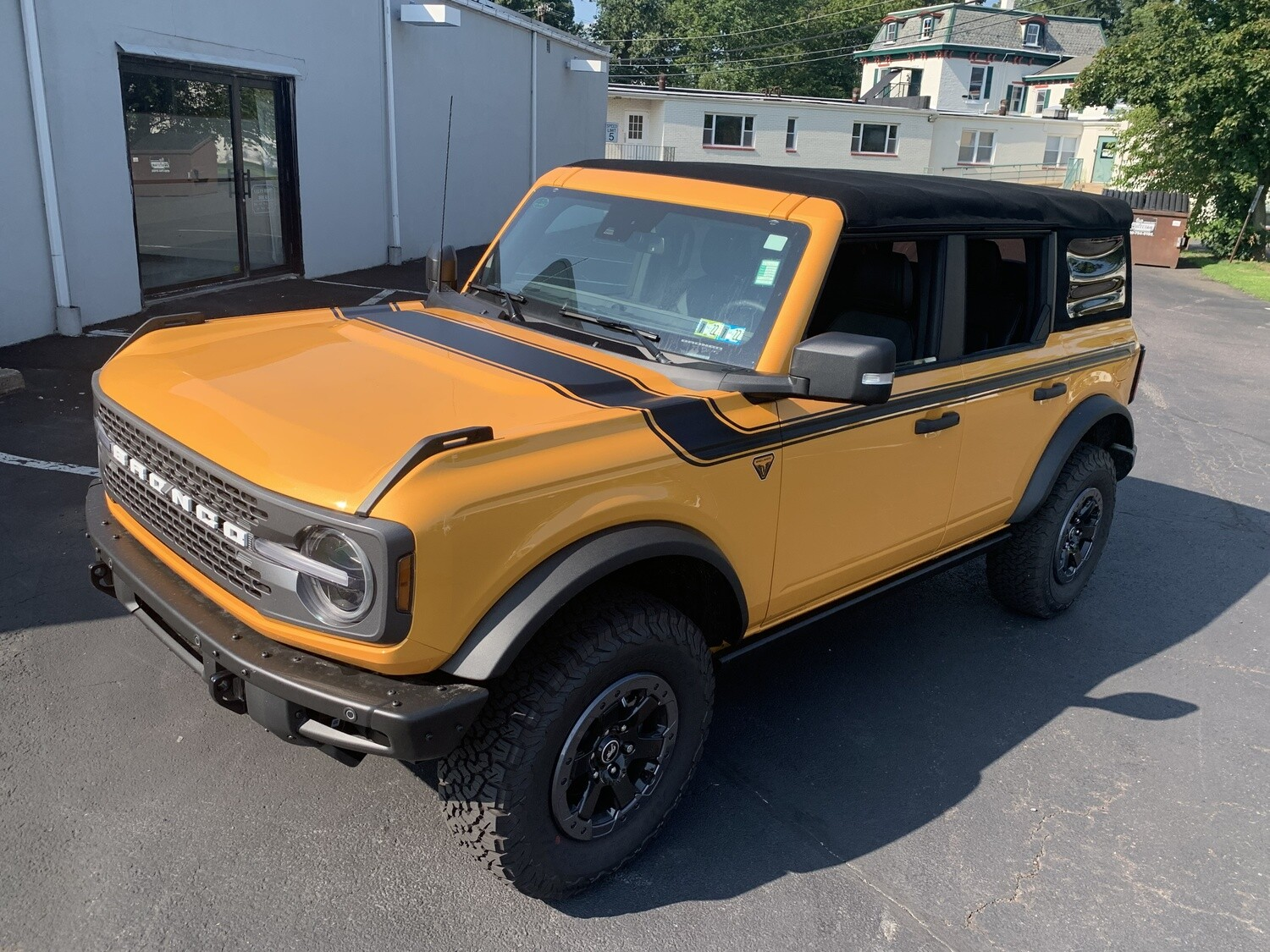 2021-up Ford Bronco Retro Special Decor Style Side/Hood Graphics Kit (Centered on Body Line)