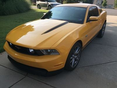 2010-2014 Mustang Hood Spear Accent Graphics