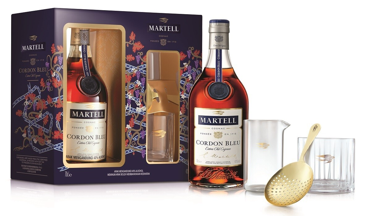 Martell 'Cordon Bleu' Cognac (Limited Edition Gift Pack with Cocktail Kit)