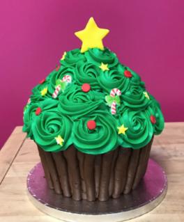 Giant Christmas Tree Cupcake Cake