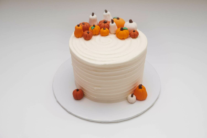 Pumpkin Patch Horizontal Ridged Cake
