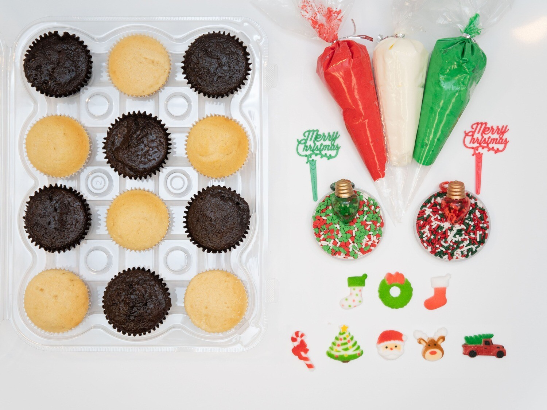 Christmas DIY Cupcake Decorating Kit