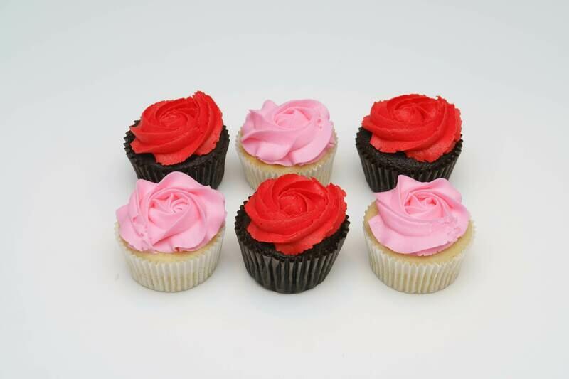 Rosette Flower Half Dozen Cupcakes