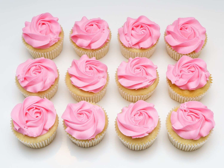 Rosette Flower Dozen Cupcakes