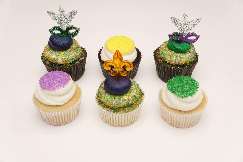 Mardi Gras Decorated Cupcakes