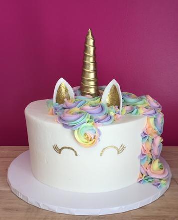 Unicorn Mane Gold Fondant Horn and Eyes Cake