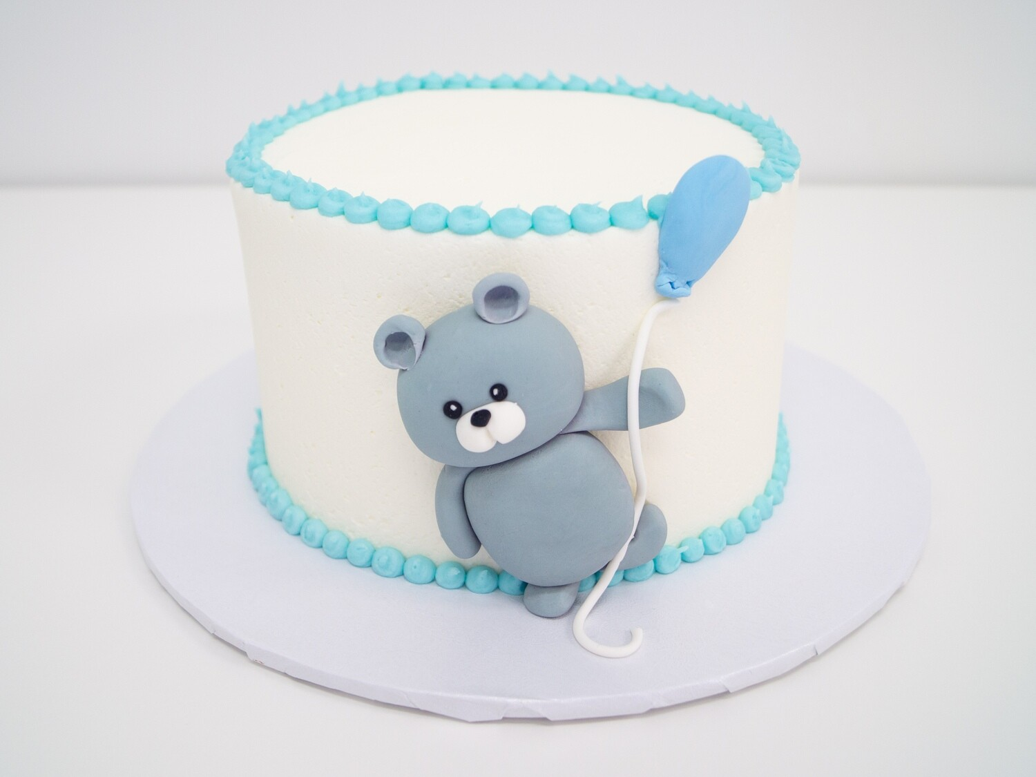 Bear with Flying Balloon Cake