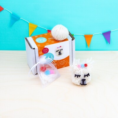 SUSTAINABLE Pom Pom Llama Craft Kit
