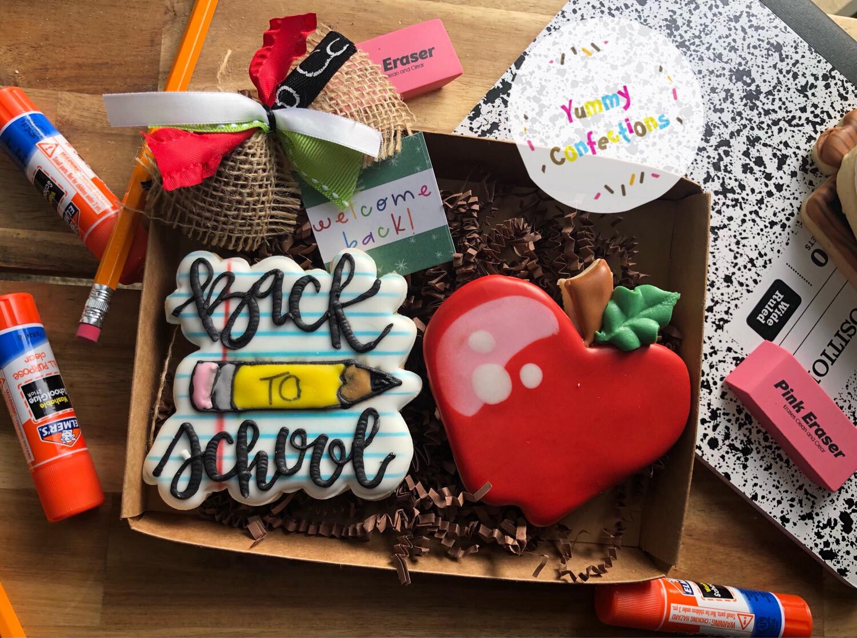 Back to School set (2 Cookies)