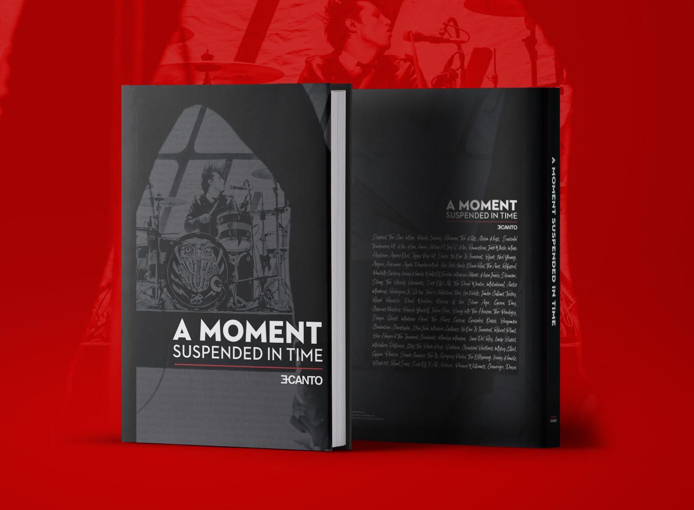 """""""A MOMENT SUSPENDED IN TIME""""  Livre photo - Edition signée et numérotée"""