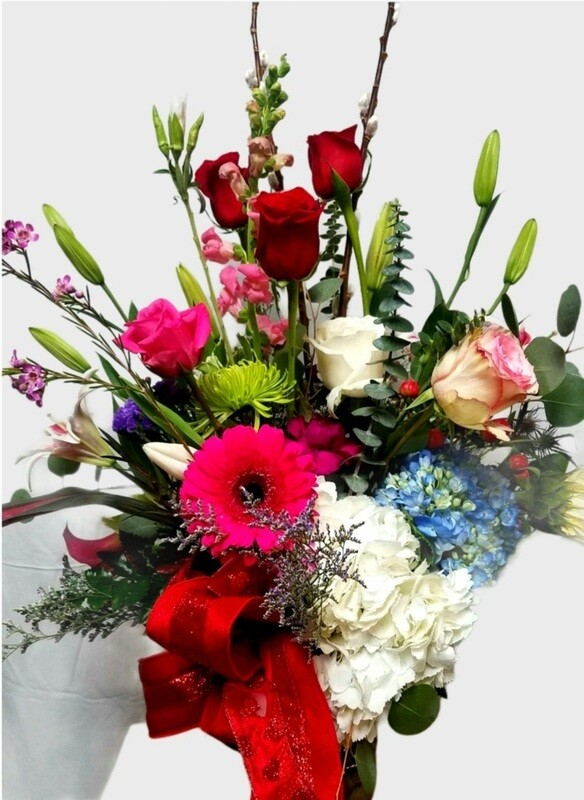 Romantic Valentines Design Bouquet